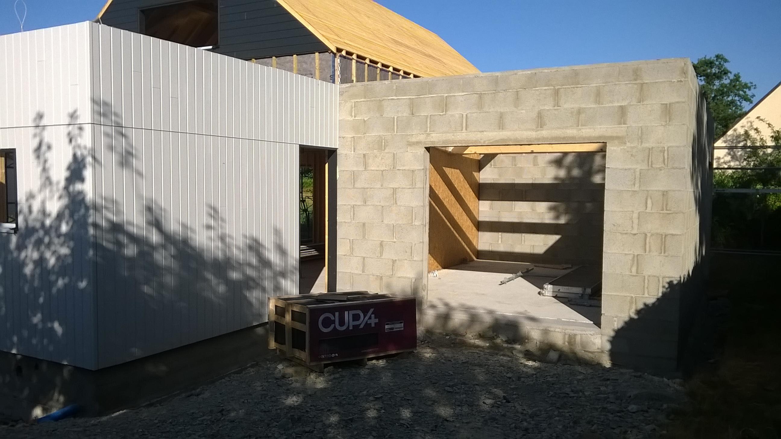 mob en construction plescop maison serru bois. Black Bedroom Furniture Sets. Home Design Ideas