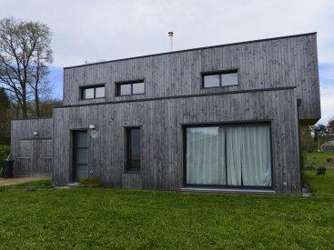 Maison à Lauzach (étage en porte-à-faux)
